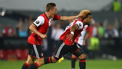 Feyenoord golea al Roda y sigue con paso perfecto en futbol de Holanda