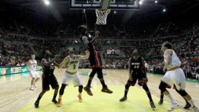 Los Heat dan de baja a Reggie Williams y Chris Johnson