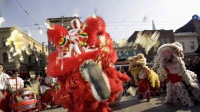 El dragón chino llega a las calles de San Francisco