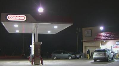 Balacera en gasolinera de Fort Worth deja al menos dos heridos
