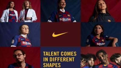Barcelona presentó su nueva playera con algo más que Lionel Messi
