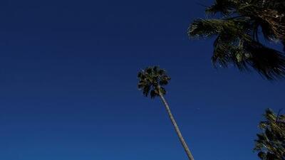 Siguen las condiciones secas en California, mientras se emiten las primeras vigilancias por riesgo de incendio