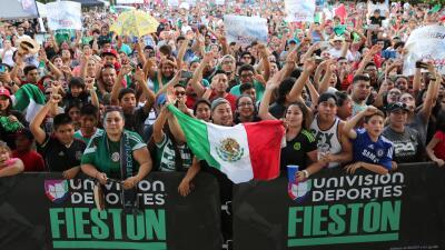 Disfrutar del Fiestón por partida doble en el Estados Unidos vs. México