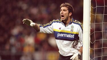 Buffon firma contrato con Parma y sería anunciado este jueves