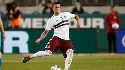 Carlos Salcedo logró recuperarse y está listo para volver a jugar