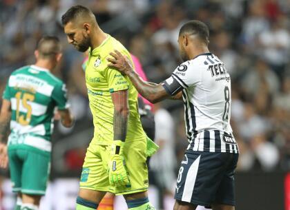 Y en un encontronazo con Avilés Hurtado, salió lastimado el portero Jonathan Orozco. A los 38 minutos tuvo que ser remplazado por el juvenil Carlos Acevedo.