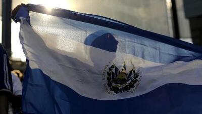 ¿Qué opciones les quedan a los salvadoreños amparados por el TPS?