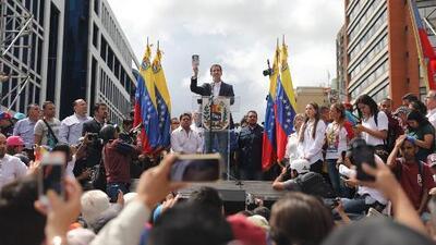 ¿Qué pasa ahora con Venezuela tras la juramentación de Guaidó como presidente interino?