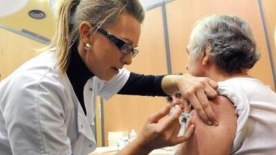 Por qué no debes dejar de ponerte la vacuna contra la gripe, especialmente si eres diabético