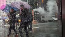 Noche lluviosa y ventosa este viernes en Nueva York por la cercanía del huracán Dorian