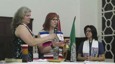 Ofician por primera vez en Cuba una santa comunión de transexuales
