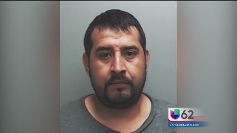 Imputan cargos de homicidio a un conductor de Buda, Texas a un año de protagonizar un accidente de tráfico