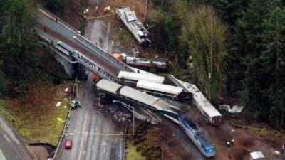 Qué sabemos y qué no: las incógnitas del accidente de tren en Seattle que dejó tres muertos
