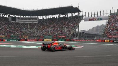 Checo Pérez saldrá 13o en el GP de México, mientras Ricciardo se queda la Pole