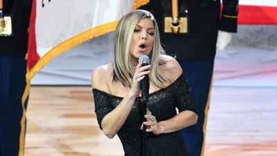 """La """"arriesgada"""" interpretación del himno de EEUU inspira el #FergieChallenge"""