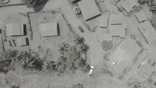 Imágenes aéreas muestran cómo un volcán del Caribe deja todo cubierto por ceniza