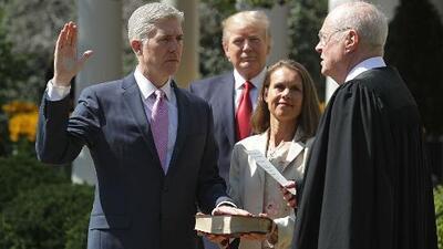 ¿Qué implica para los inmigrantes la instalación de Neil Gorsuch en la Corte Suprema?