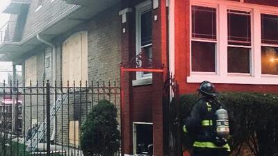 """""""Esta persona era muy amable"""", dice vecino de víctima de incendio en Albany Park"""