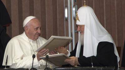 El Papa y el Patriarca ruso, juntos tras mil años de distancia