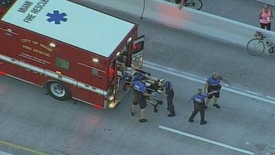 Acalorada discusión entre un motorista y un ciclista termina en tiroteo y con uno de ellos herido