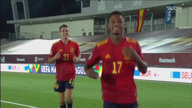 Ansu Fati se roba los reflectores en sólo 45 minutos en el duelo entre España y Ucrania