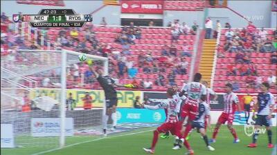 ¡Golazo! Calderón quemó a Barovero de un cabezazo: Necaxa 1 – 0 Rayados