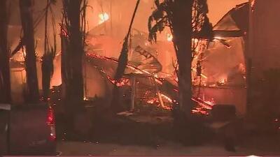 Incendio forestal azota el norte de California