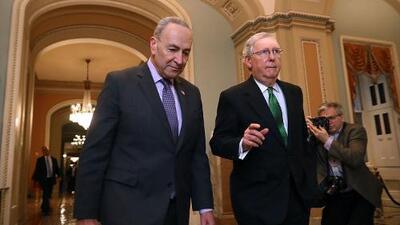 Los republicanos usan la 'opción nuclear' para acelerar la confirmación de jueces conservadores en las cortes
