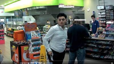 En fotos: buscan identificar a sospechoso de colocar dispositivo para robar información en ATM al noreste de Houston