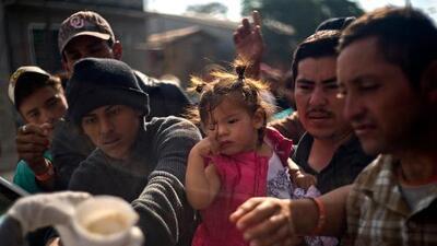 Si un inmigrante de la caravana tiene suerte, esto es lo que le espera en su proceso de asilo en la frontera