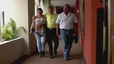 Luego de haber sido arrancado de su país hace más de 20 años, joven guatemalteco logra reunirse con su familia