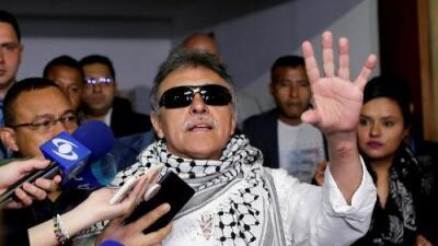 """Iván Duque advierte a exguerrillero de las FARC Jesús Santrich, quien desapareció sin dejar rastro: """"Seremos implacabables"""""""