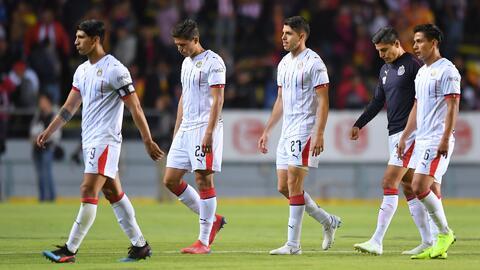 ¡Chivas continúa en caída libre! 'Paco' Villa cree que Tomás Boy no va a seguir en el equipo