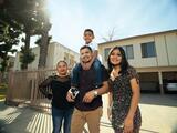 Lanzan campaña para aumentar el número de personas vacunadas en grupos vulnerables de Los Ángeles