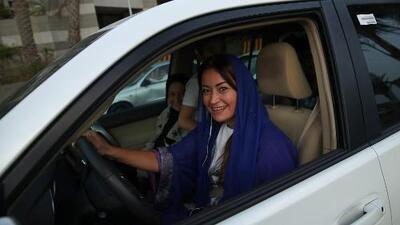 Día histórico en Arabia Saudita: por primera vez las mujeres pueden conducir
