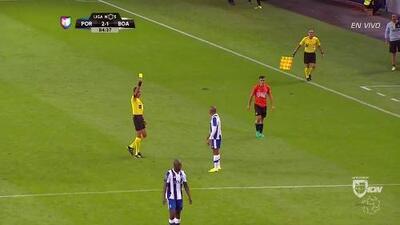 Tarjeta amarilla. El árbitro amonesta a Yacine Brahimi de Porto