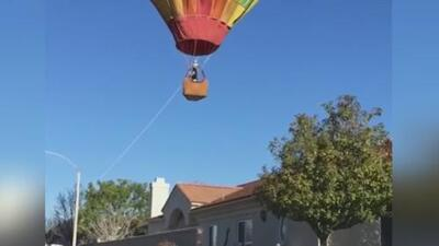 Un jardinero hispano evita una tragedia al halar un globo aerostático en problemas