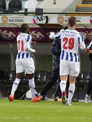 Porto se lleva la victoria ante Nacional después de empatar el encuentro 2-2, durante los primeros 90 minutos. Finalmente, el equipo de Jesus 'Tecatito' Corona, se impuso con una diferencia notable para calificar a cuartos de final de la Copa de Portugal. Díaz, Barbosa, Oliveira y Taremi anotaron para los 'Dragones Azules',