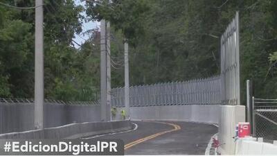 Reabren la carretera 110 en Moca, que se vio severamente afectada durante el paso del Huracán María