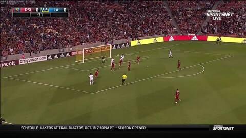A lo Hugo Sánchez, Jonathan dos Santos no deja caer la pelota y marca golazo para el L.A. Galaxy