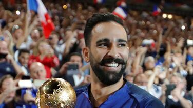 Tras la salida de Gio dos Santos, LA Galaxy podría incorporar a campeón del mundo y novio de Pamela Anderson
