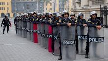 """""""Esos venezolanos tienen que irse del país o la cárcel"""": Perú crea policía élite para delincuentes extranjeros"""