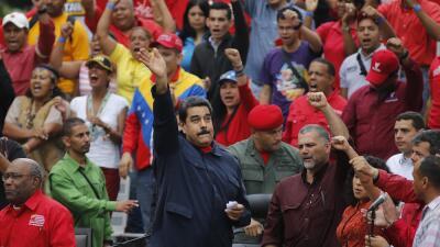 Venezuela adelantará los relojes media hora por la crisis eléctrica