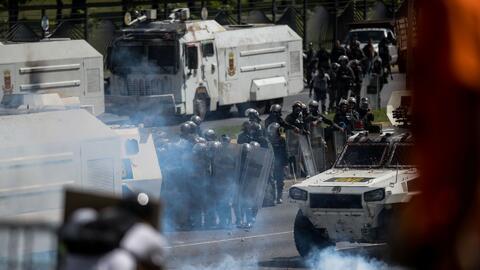 Gobierno venezolano admite uso desproporcionado de la fuerza en represión de protestas