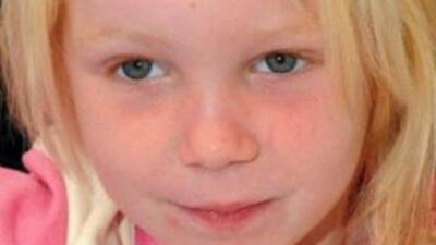 """La Policía investiga si """"el ángel rubio"""" es una niña perdida de EEUU"""