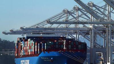 La intervención del gobierno en el comercio internacional también puede ser mala para los consumidores