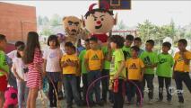 Mascotas de Pumas y Toluca se divirtieron junto a los niños del Ejército de Salvación