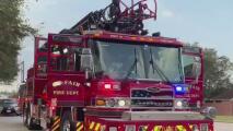 Tres personas rescatadas: Esto es lo que se sabe del incendio en un asilo de ancianos en el área de Cypress