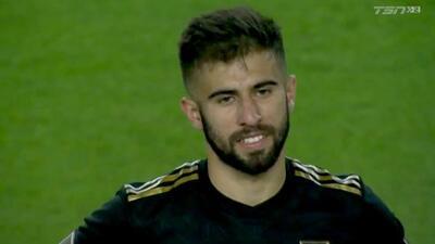Diego Rossi se une a la fiesta con un gol de volea, LAFC humilla 6-1 a los Whitecaps