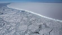 Un iceberg 30 veces más grande que Miami va camino a impactar una isla y provocar una catástrofe ambiental